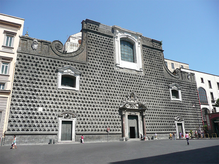 Chiesa del Gesù nuovo a Napoli