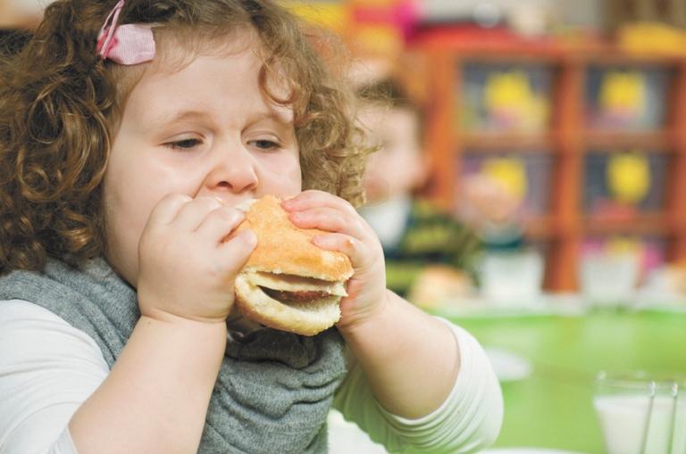 Obesità: al primo posto in Italia i bambini irpini