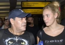 Maradona bloccato all'aeroporto di Buenos Aires: passaporto rubato