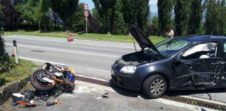 Incidente a Pozzuoli, terribile scontro in via Campana