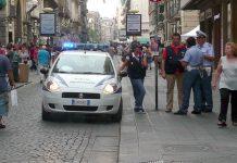 Sparatoria a Napoli, via Toledo