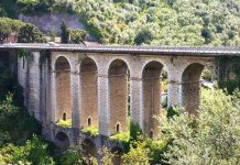 Seiano: 23enne suicida si lancia dal ponte