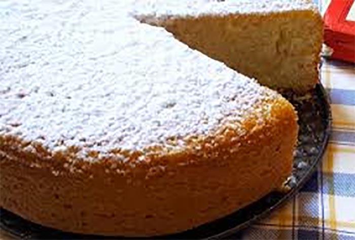 """Ricetta della torta alla campagnola dalla bibbia """"Frijenno Magnanno"""""""