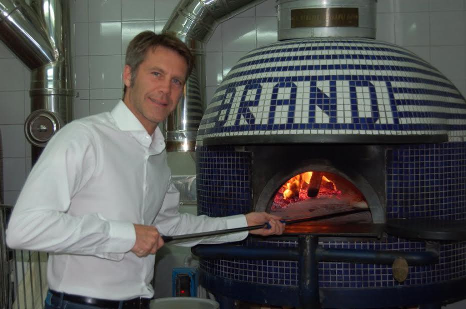 Buon compleanno: festeggiamenti previsti per i 128 anni della pizza