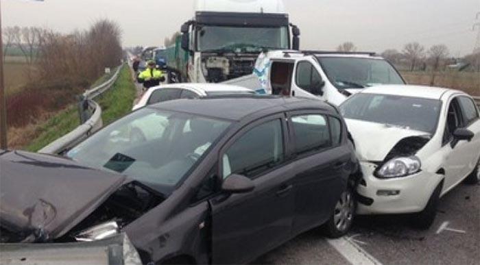 Incidente stradale sulla Telesina: coinvolti tre veicoli, una vittima