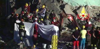 Crollo palazzo Torre Annunziata: 7 le vittime. Si cerca l'ottavo disperso