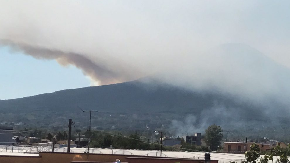 Situazione drammatica: continuano gli incendi sul Vesuvio
