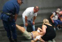 Metronapoli, Linea 1: un uomo si sente male nei vagoni
