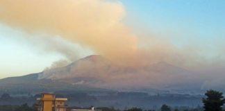 Incendio sul Vesuvio: rischi alla salute