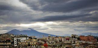 Meteo Napoli, arrivano i primi temporali nel weekend
