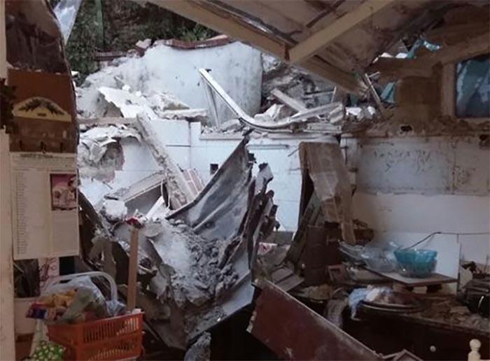 Maltempo a Capri: massi giù dal costone, evacuate abitazioni