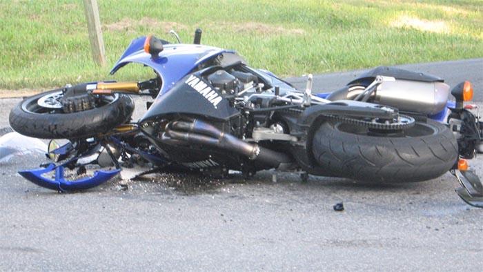 Monteruscello, incidente stradale: centauro ferito gravemente