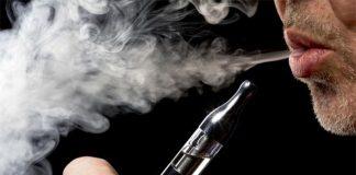 Napoli, sigaretta elettronica pericolosa: ustionato un uomo