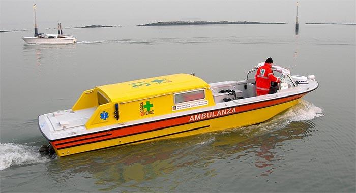 Tragedia in Costiera Amalfitana: donna muore in mare