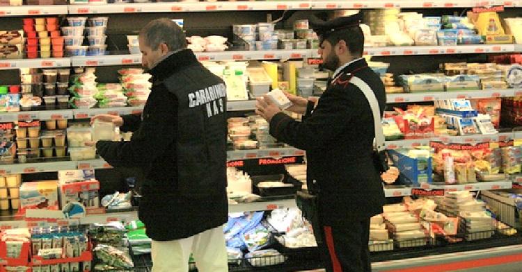 Blitz dei Nas: sotto sequestro locali di un noto supermercato