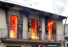 Incendio a Napoli