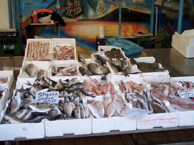 """""""Natale Sicuro"""" sequestrati oltre 300 kg di pesce"""