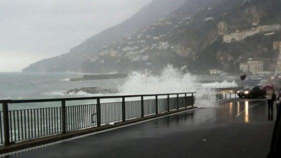 Previsioni Meteo, scatta l'allerta: weekend all'insegna del maltempo