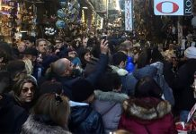 San Gregorio Armeno folla