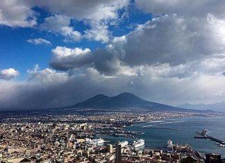 Meteo Napoli: piogge e schiarite, poi finalmente il sereno