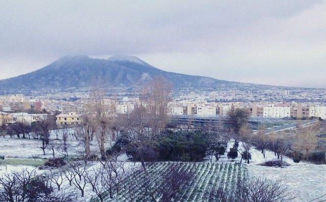 Napoli, allerta maltempo: scuole chiuse domani 1 marzo 2018