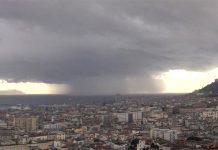 Napoli, allerta meteo: pioggia durerà diversi giorni