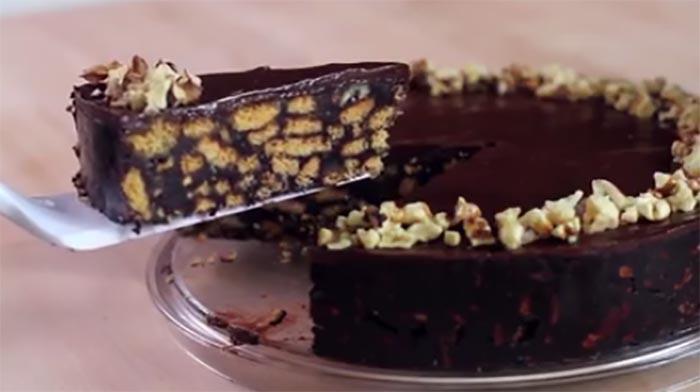 Ricetta della torta di salame al cioccolato napoletano senza cottura
