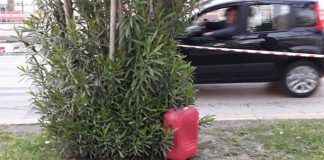 Allarme bomba a Napoli: un trolley sospetto in Piazza Bovio