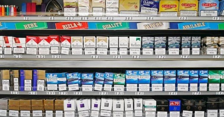 Il prezzo delle sigarette aumentano. Ecco le marche costano di più