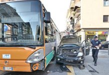 Incidente a Ponticelli: scontro tra un bus e una vettura