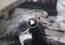 Allerta meteo, mareggiata a Positano: barche fin su in strada