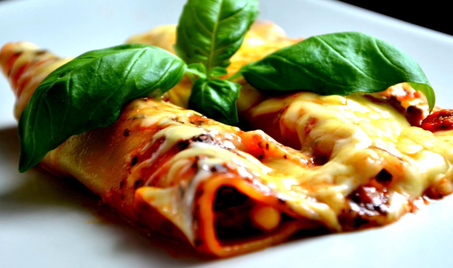 Ricetta cannelloni alla napoletana con goloso e classico ripieno