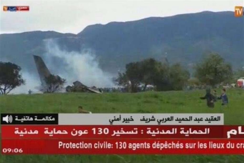 Aereo precipitato in Algeria, Ounas del Napoli vicino al suo Paese