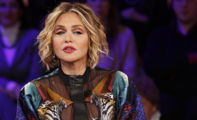Paola Barale si confessa: Io e Raz Degan non ci parliamo più