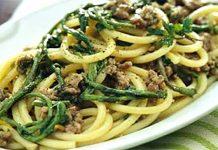 Ricetta dei perciatielli con salsiccia e friarielli: 'a pasta cu' 'o pertuso