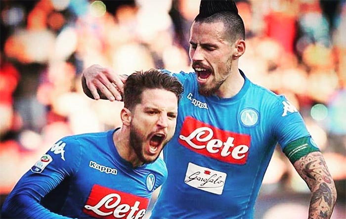 Calciomercato Napoli: da Sarri ad Hamsik, addio ai titolari?