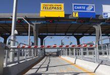 Napoli, chiusura uscita autostrada per intervento urgente