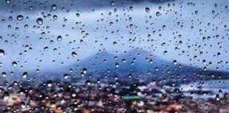 Meteo Napoli, addio estate: in arrivo temporali con grandini