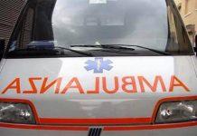 """Aggressione al 118: in """"coma etilico"""" sferra colpi agli infermieri"""