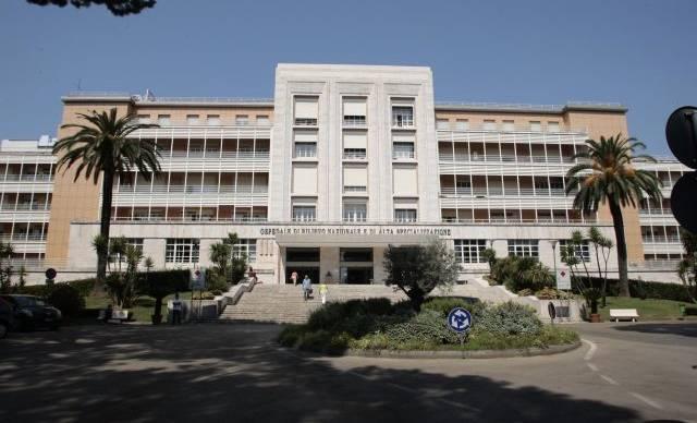 Lavoro a Napoli: 25 posizioni aperte per l'Azienda Ospedaliera dei Colli