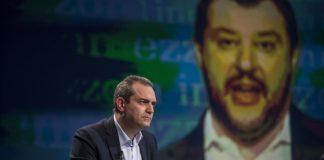 "De Magistris contro Salvini: ""disponibili ad accogliere l'Aquarius"""