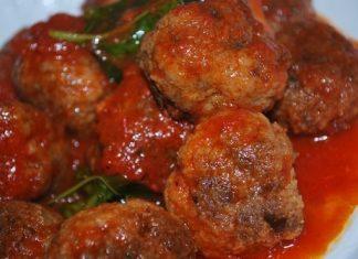 Come fare le polpette di carne: fritte, al sugo, con melanzane
