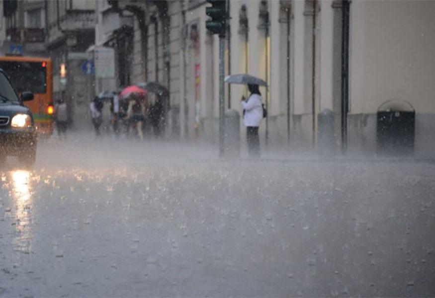 Meteo Napoli, primavera in ritardo: nuovi temporali in arrivo