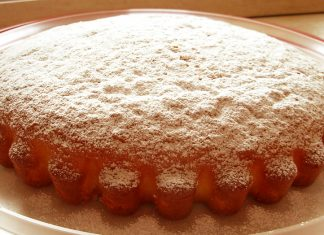 Ricetta torta allo yogurt: morbida e golosa