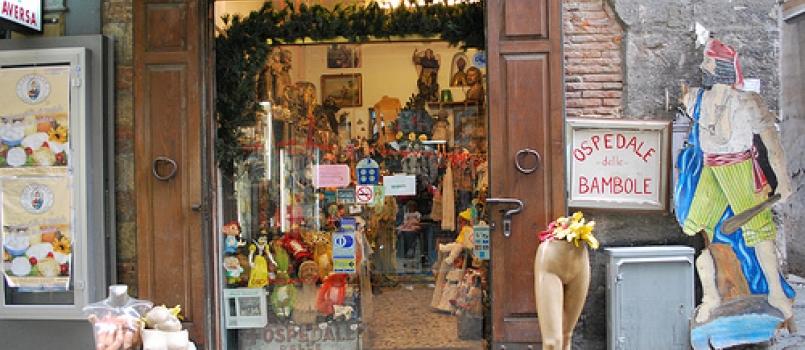Ospedale delle Bambole, Napoli: la leggenda