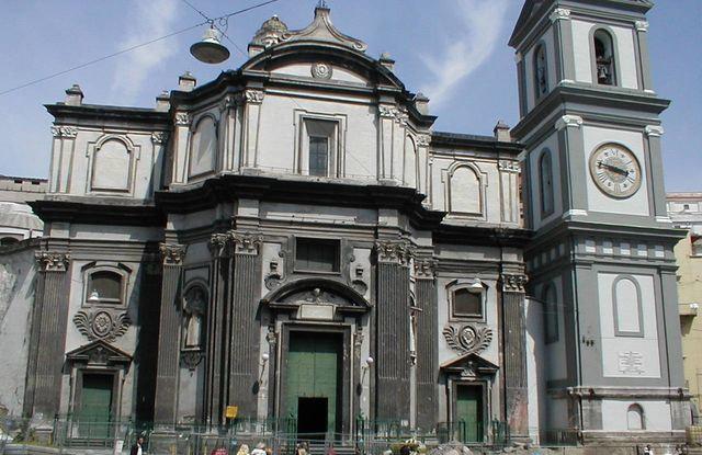 Sedia della fertilità Napoli, Chiesa Santa Maria alla Sanità