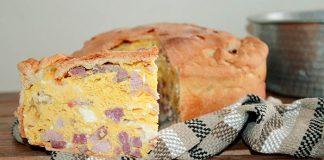 Ricetta della pizza chiena: emblema della torta rustica napoletana