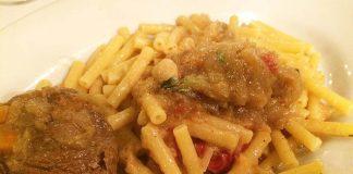 """Ricetta pasta alla genovese detto anche """"Ragù alla genovese"""""""