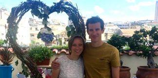 Napoli scelta da un turista per chiedere la mano della fidanza