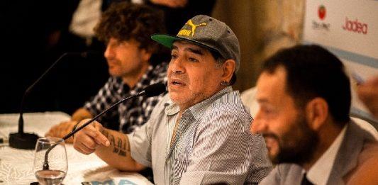 """Maradona: """"Mi sono sempre sentito cittadino napoletano"""""""